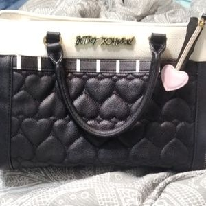 Beautiful Betsy Johnson quilted heart purse